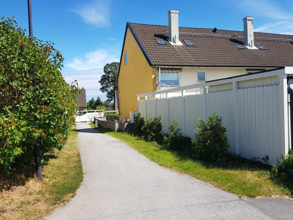 Radhuslänga (före) Kälvesta, Vällingby